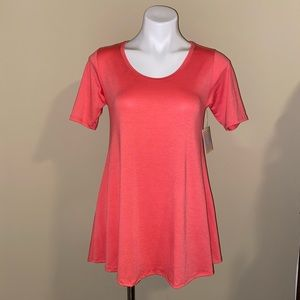 Lularoe coral New with tags Perfect tee size XS